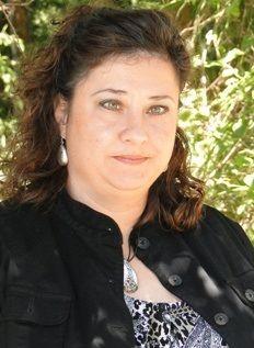 Vickie  Charlet