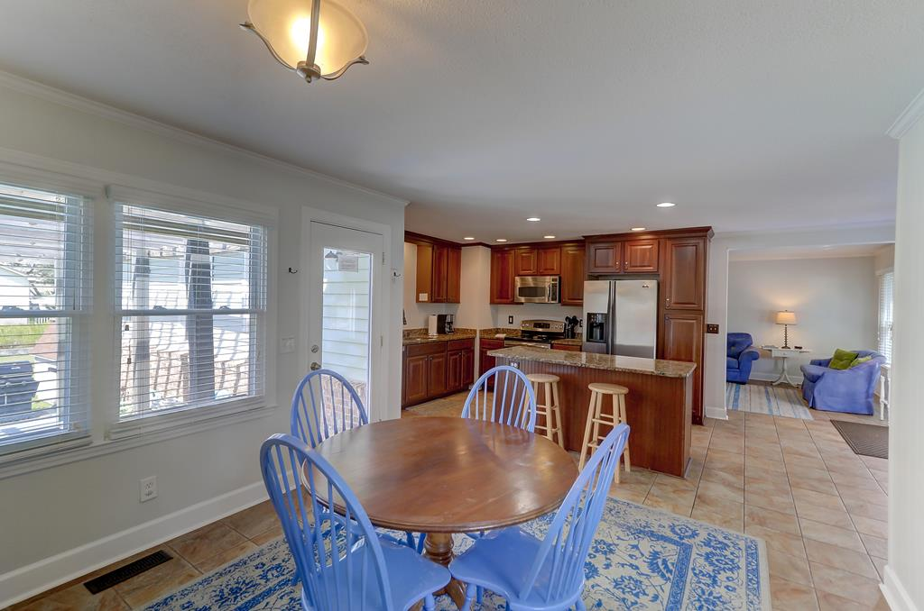 Perfect Beach Bungalow In Folly Near Vacation